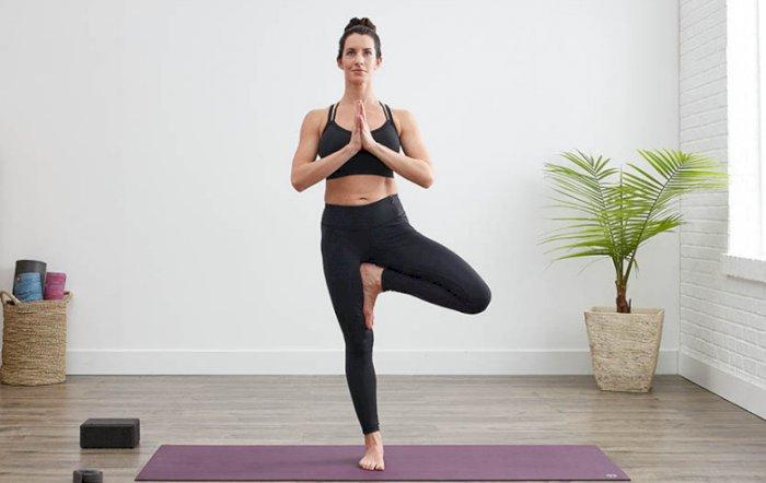 latihan keseimbangan - berdiri satu kaki